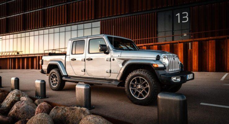 Naujasis Jeep Gladiator pikapas